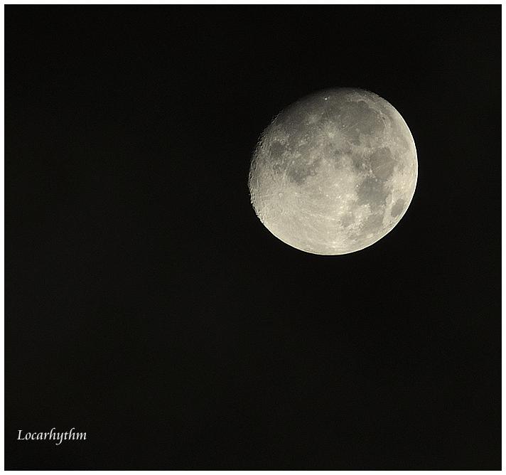 moon-300.jpg